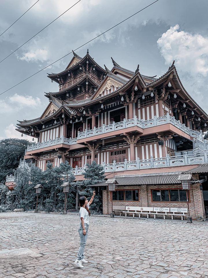 sống ảo chùa Khánh An