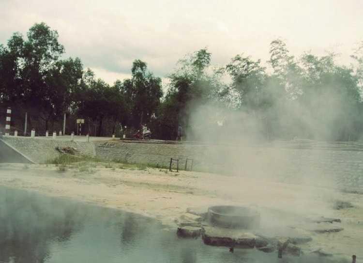 Suối nước nóng Kênh Gà - Khu du lịch sinh thái Ninh Bình