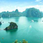 Vịnh Hạ Long là một trong những kỳ quan của thế giới