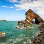 Bàn Than là điểm tham quan du lịch với hơn 400 triệu năm tuổi