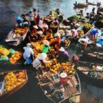 Chợ nổi Trà Ôn là điểm tham quan du lịch phải đến một lần ở Vĩnh Long