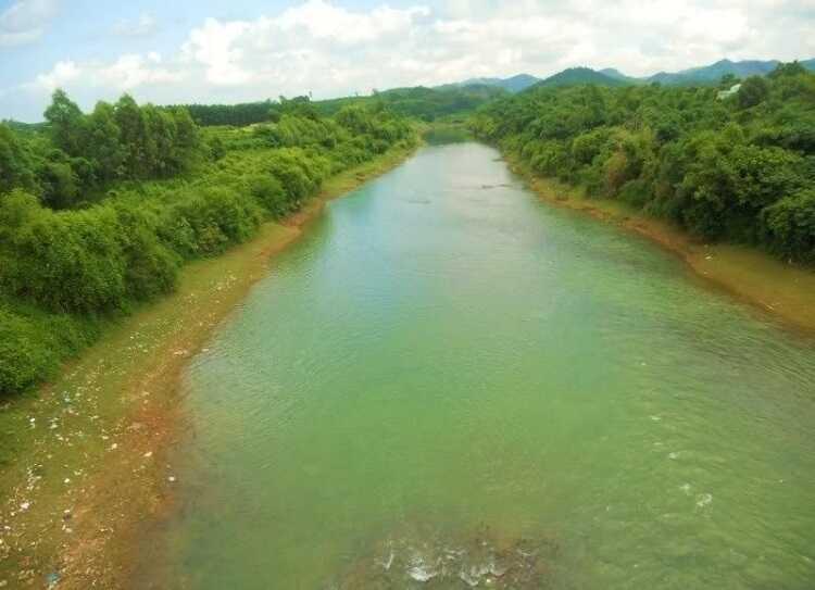 dòng sông thương