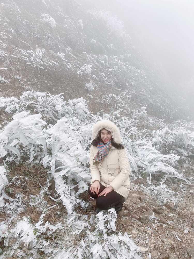 ngắm tuyết rơi