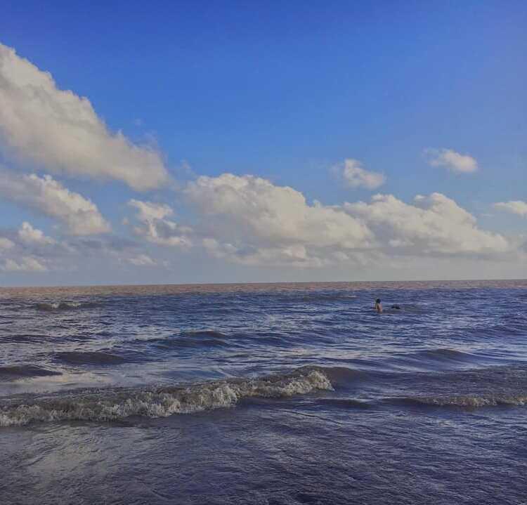 bãi biển hồ bể
