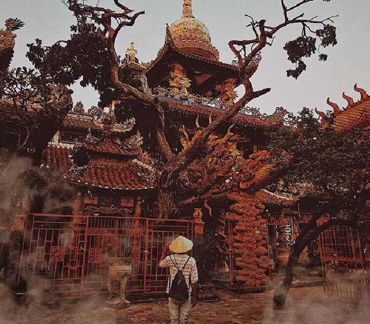 sống ảo chùa châu thới